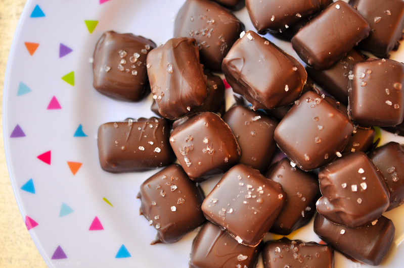 Homemade Chocolate Covered Caramels from www.katiegetscreative.com
